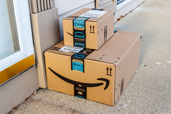 report amazon to roll out offerings to take market share from fedex and ups logistics management. Black Bedroom Furniture Sets. Home Design Ideas